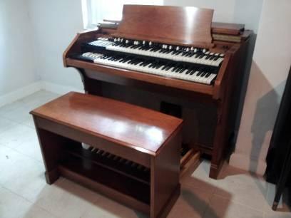 vintage hammond organs b3 c3 rt3 m3 a105 leslies for sale in miami florida classified. Black Bedroom Furniture Sets. Home Design Ideas