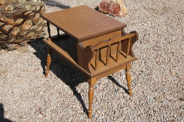 Vintage Heywood Wakefield Mid Century Walnut End Table