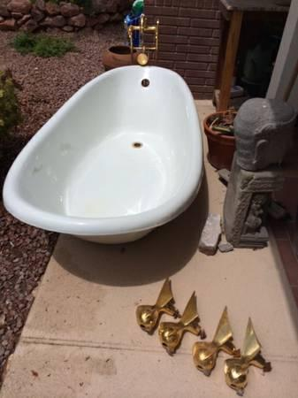 Vintage Kohler Clawfoot Bathtub For