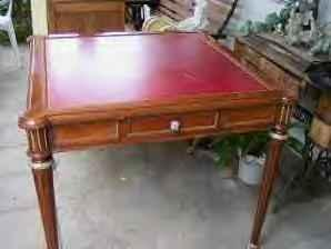 VINTAGE LEATHER TOP GAME TABLE   $150 (Seaside)