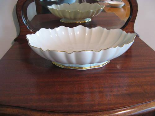 Vintage LENOX LARGE 24K TRIMMED FLUTED OVAL SERVING