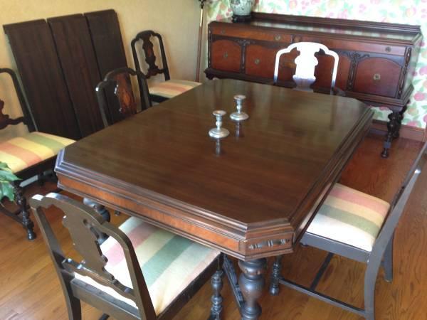 Vintage Mahogany Dining Table Credenza