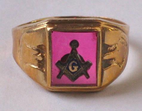Vintage Masonic Blue Lodge Men's Ring 10KT Gold