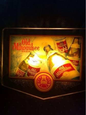 vintage milwaukee beer light up sign for sale in lima ohio classified. Black Bedroom Furniture Sets. Home Design Ideas