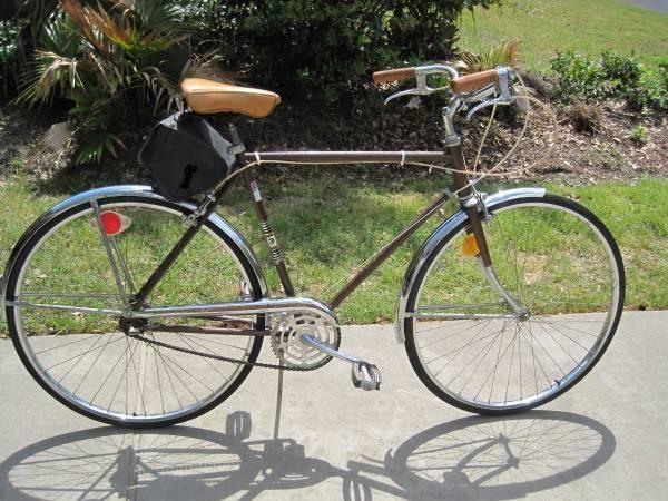 Vintage bicycle 3 speed