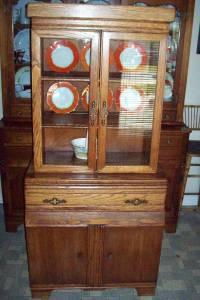 Vintage Oak China Cabinet   $200 (Greensburg, Ky.)