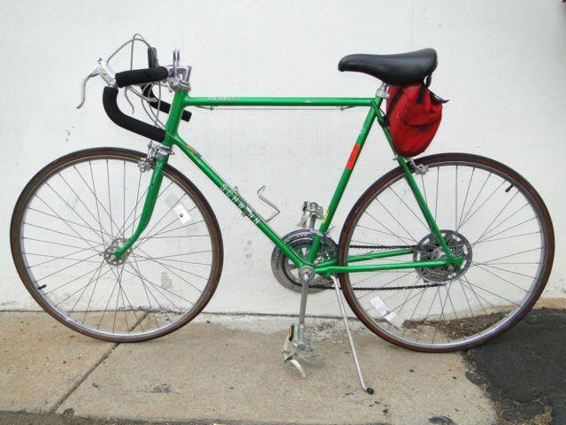Vintage Old School Schwinn VARSITY Road Bike 10 Speed Bicycle