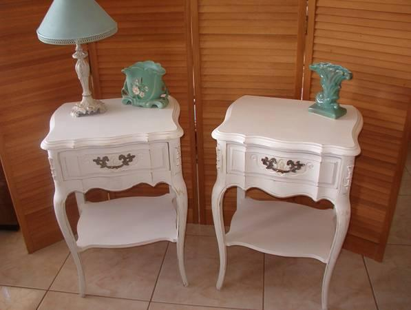 Vintage Pair of French Night Stands White Shabby Chic.