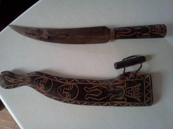 Vintage Polynesian hunting knife w sheath - $30