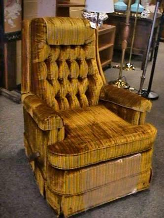 Vintage Recliner Retro Shoe Horn Upholstery Chair - $200