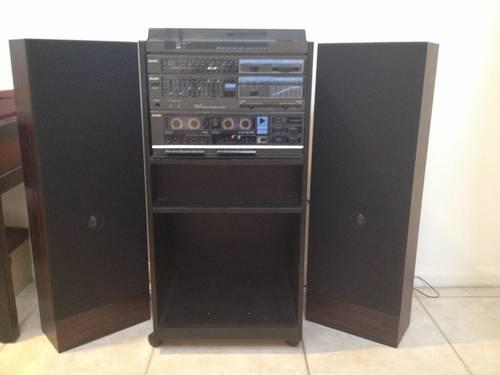 Vintage Record Player Home Stereo System With 2 Speakers