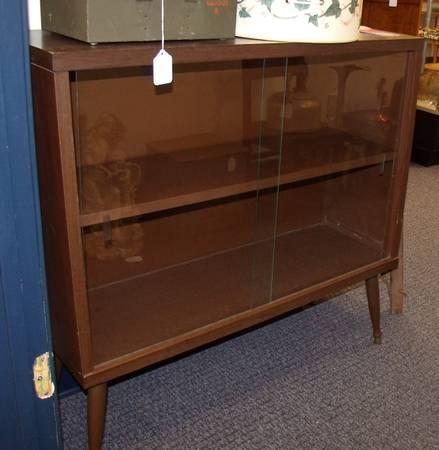 vintage RETRO 60s bookshelf - $29