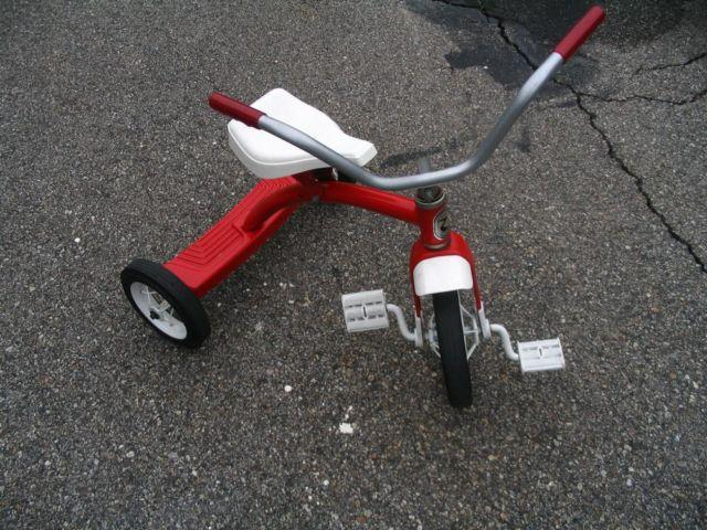 Vintage Roadmaster 10 Toddler Tricycle - Trike - Bike