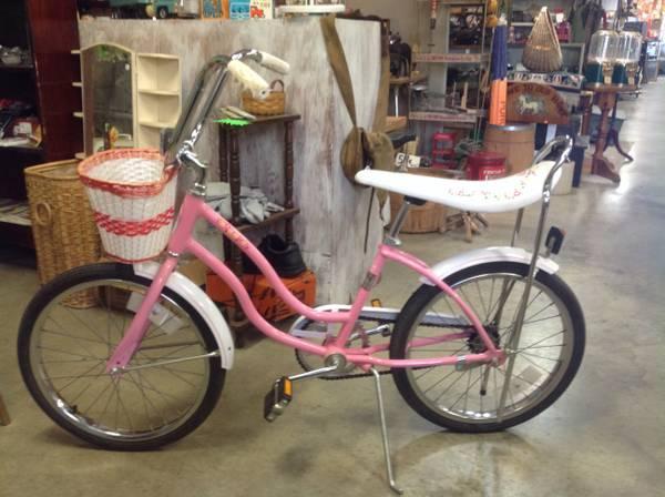 Vintage Schwinn Banana Seat Sting Ray Girls Bike With Basket For