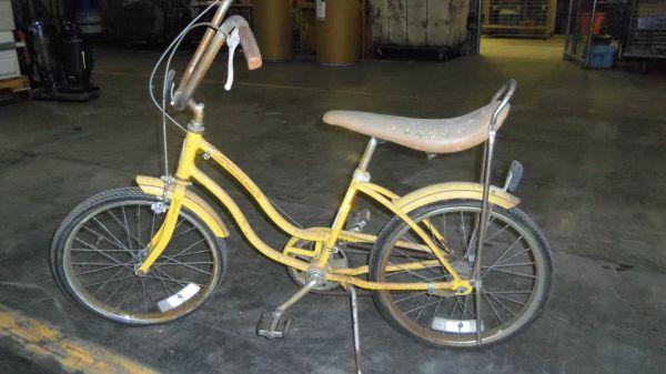 Girls Schwinn Collectible Bicycles : Vintage schwinn girls bike gates for sale in rochester
