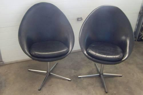 Vintage Set Mid Century Black Swivel Chairs For Sale In Pueblo Colorado Classified