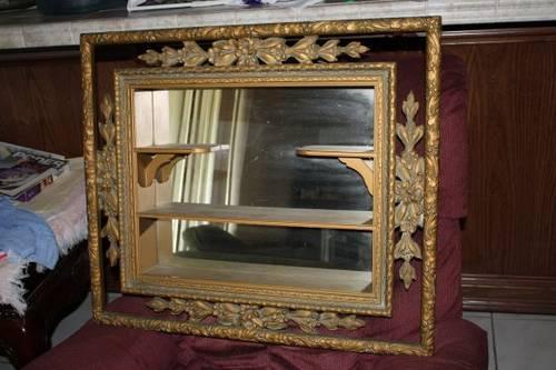 Vintage Shadow Box Mirror Wall Decor for Sale in Progreso