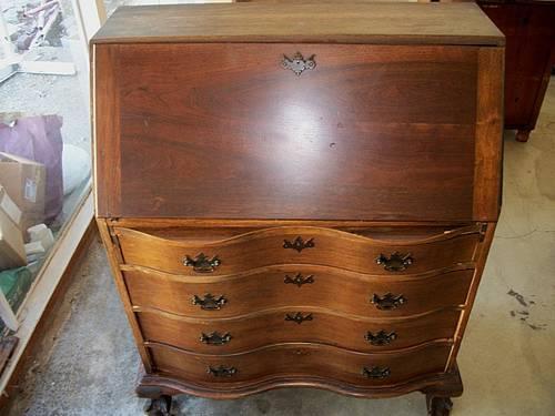 Vintage Slant Front Serpentine Secretary Desk For Sale In