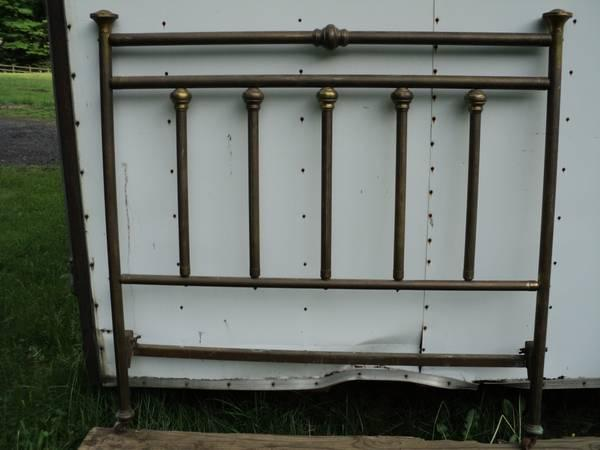 Vintage Solid Brass Bed For Sale In Hamden Connecticut