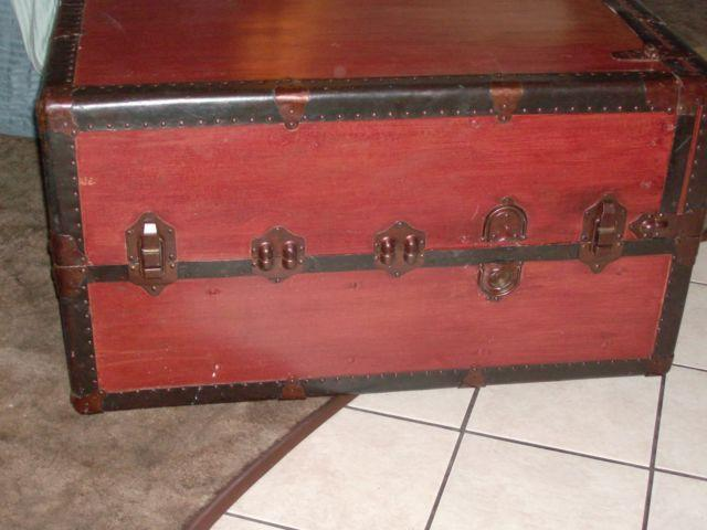 Vintage stand up Wardrobe Trunk