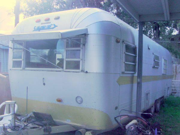 Vintage Streamline Studio - may take payments - for Sale in