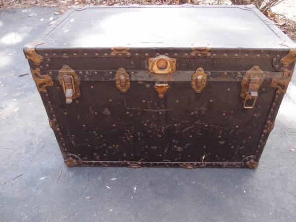 Vintage Taylor Made 1859 Steamer Storage Trunk Chest