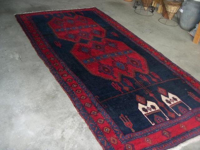 **Vintage Turkish Hand Woven Prayer Rug**
