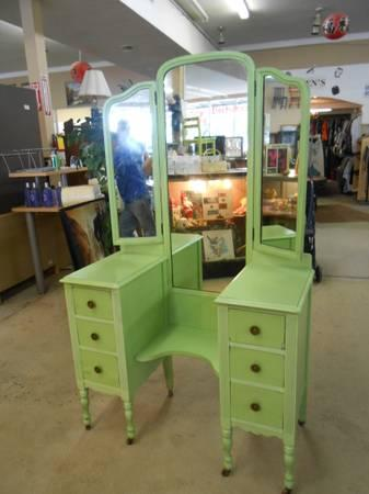 Vintage Vanity For Sale In West Columbia South Carolina Classified