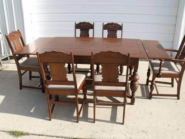 Vintage Virginia House Trundle Table W/6 Chairs And