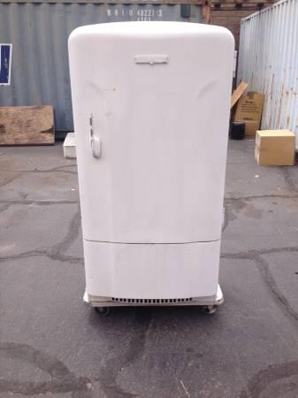 Vintage Westinghouse Refrigerator For Sale In Henderson