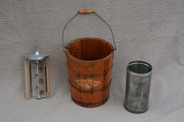 Vintage White Mountain Ice Cream Freezer Maker Wood Bucket