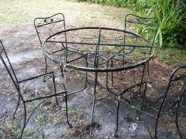 Antique Wrought Iron Patio Furniture For Sale. Cast Iron Patio Set