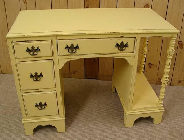 Vintage Yellow Painted 4 Dr Distressed Desk Vanity For Sale In Aho North Carolina Classified