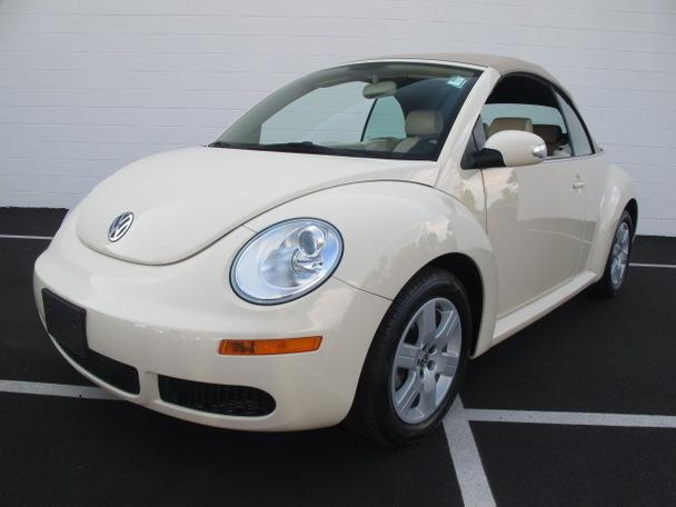 volkswagen new beetle convertible for sale in charlotte north carolina classified. Black Bedroom Furniture Sets. Home Design Ideas