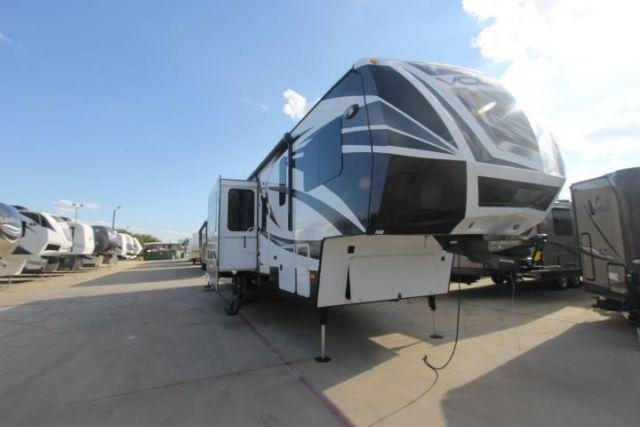 Voltage 3895 toy hauler for sale in denton texas classified