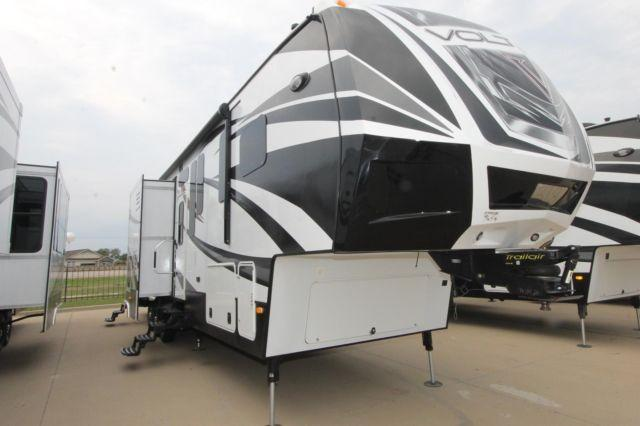 Voltage 3990 Toy Hauler For Sale In Mesquite Texas