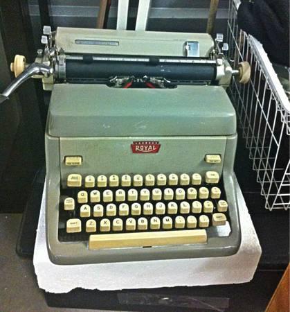 Vtg Antique 60s ROYAL Typewriter FP Mod LOYAL ROYAL Works $60 OBO - $60