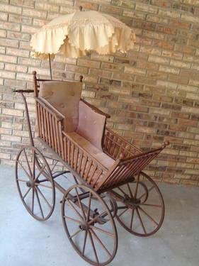 VTG RARE LARGE ANTIQUE OAK MUSEUM QUALITY BABY CARRIAGE
