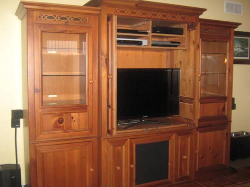 wall unit entertainment center tv stand with drawers for sale in maywood new. Black Bedroom Furniture Sets. Home Design Ideas