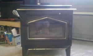 Warnock Hersey Wood Stove - $300 (Dansville Ny )