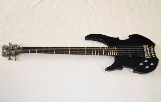 warwick 5 string bass guitar left handed lefty for sale in bend oregon classified. Black Bedroom Furniture Sets. Home Design Ideas