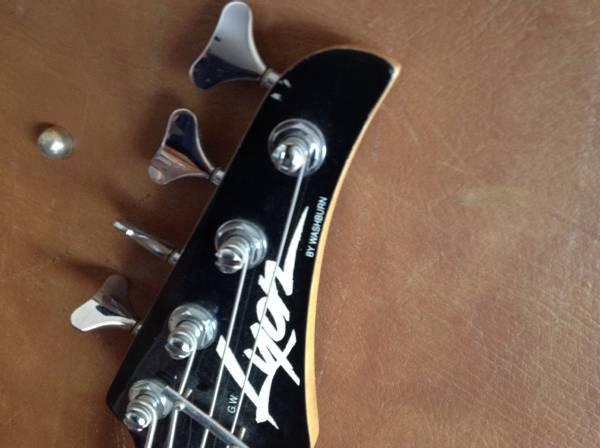 Washburn Sunburst P-Bass Custom - $250