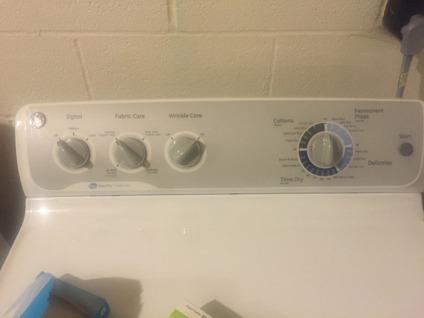 Washer/Dryer GE Like New Excellent Working