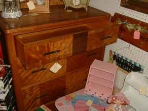 Waterfall style Chest of Drawers - $129 (American