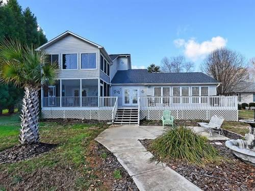 Waterfront 3br 2 story home on high rock lake for sale for 2 story lake house