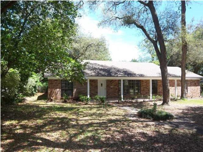 Waterview Brick Home In The Heart Of Pensacola Fl For