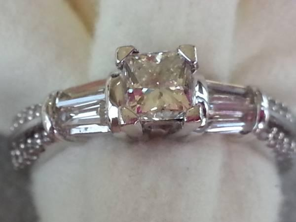 WE FINANCE!*Diamond Engagement Ring!!*Princess