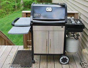 Weber Genesis Silver Gas Grill For Sale In Plainfield Illinois Classified Americanlisted Com