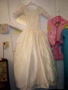 c0916125fc Wedding Dress w veil ~cream~ - (Lake Alfred Winter Haven) for Sale ...