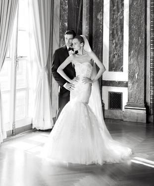Wedding gown oleg cassini cwg482 sz 14 for sale in macon for Wedding dresses macon ga